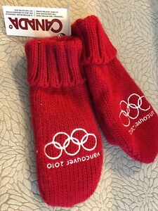 New Pair 2010 Olympic Mittens by TopSellTony