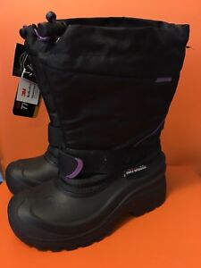 NWT Girls size 2 winter boots