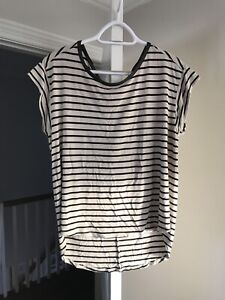 Maternity Tops and Dresses - M