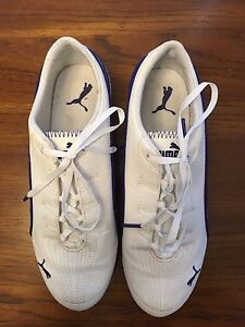 Ladies Size 9 Puma Shoes (like new!)
