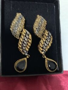 22k gold plated designer earrings brand new for sale