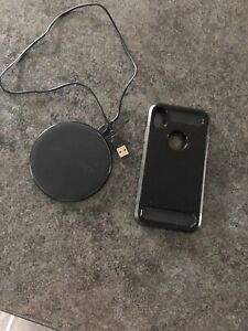 Wireless charger and iPhone XR case