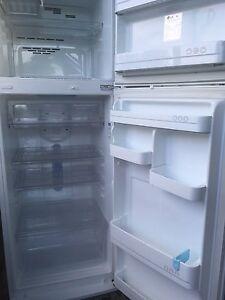 Fridge / freezer for sale Salisbury Brisbane South West Preview