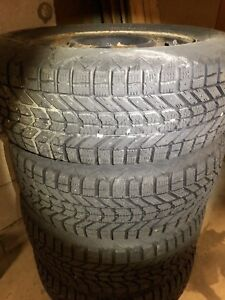 225/60R/16 new snows off GM Vehicle
