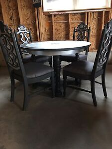 Solid wood round table set