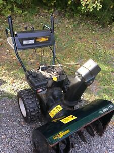 "Yardworks 10.5hp 30"" snowblower"
