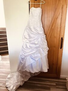 Robe de mariée neuve grandeur 6