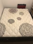 King size mattress Broadmeadows Hume Area Preview