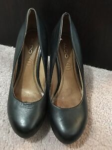 Ladies Aldo Shoes