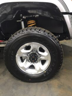 Brand New 2017 Land Cruiser GXL 79 rims and tyres