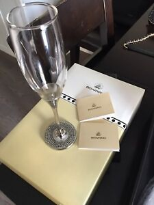 Brand new Pair of Bowring Champagne Flutes