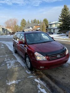 Fully loaded 2007 kia sedona EX