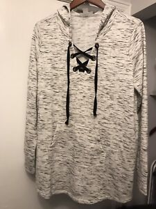 Maternity hooded sweater