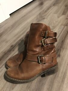 Real Leather Women's Boots - Size 6