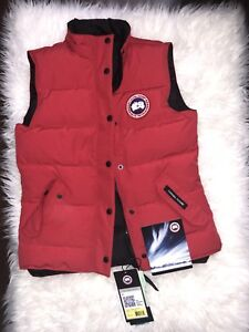 Women's Small Canada Goose vest brand new with tags!