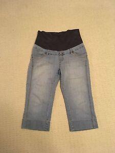 Thyme Maternity Capri Jeans (M/L)