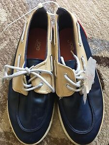 Men's Sz 6 Boat Shoes