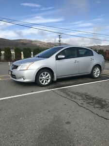 2011 Nissan Sentra 2.0 Low Kms