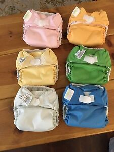 6 Bum Genius Diapers EUC