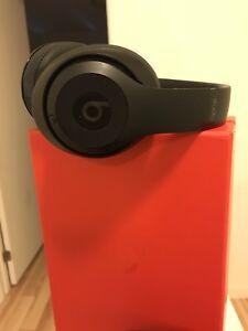 Beats Wireless Studio MINT!!