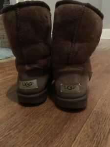 522a170ee32 UGG Australia boots size 7  10