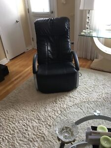 Shiatsu massage recliner chair