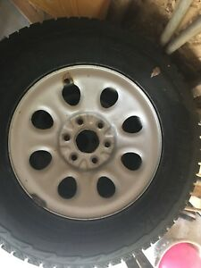 Winter Tires & Rims 265/70/17, tire like new