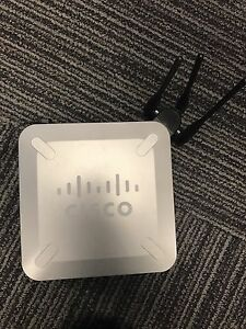 Cisco Wireless Router with VPN