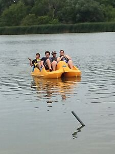 4 Seater Paddle Boat $1200