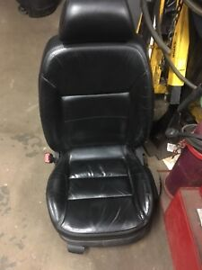 2003 Jetta Leather Seat