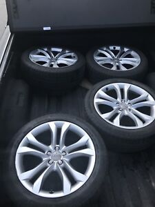 """20"""" OEM Audi Q5 wheels with 255-45-20 Michelin tires"""
