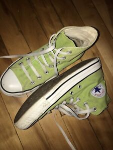 Green Converse All-star Size 8 woman's
