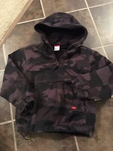 Boys Size 7 Pullover Jacket (Camouflage)