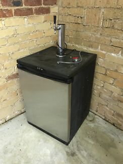 Keg Fridge / Tap Beer