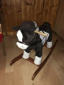 Rocking horse that makes sounds