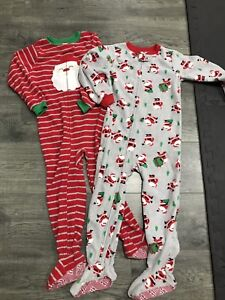 2 pairs footed pjs