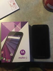 Moto g phone $60  Telus Carrier