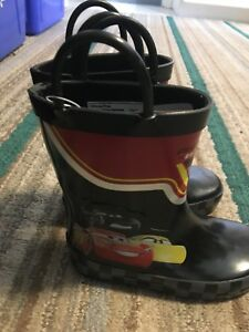 Boots 7 toddler brand new