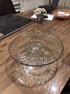 Nice decorative cake stand for sale! Bentley Canning Area Preview