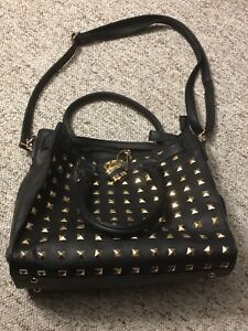 PURSE FOR SALE