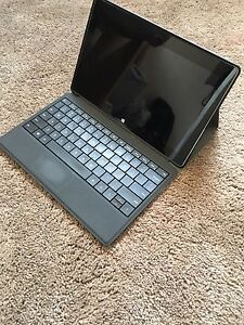 Windows 8 surface tablet 64 GB
