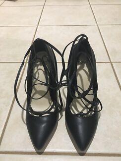 Black Novo Shoes