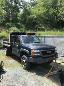 2009 GMC Sierra 3500 With Dump Body