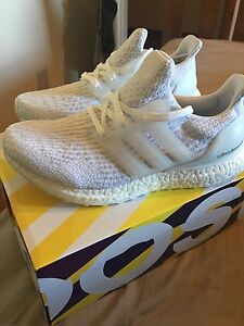 Women's Triple White Ultra Boost Carindale Brisbane South East Preview