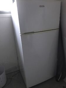Simpson fridge/freezer Bateau Bay Wyong Area Preview