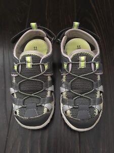 Boys Size 11 Carter's sandals