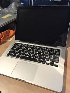 2012 Macbook Pro i7 processor 2.9ghz ***(For Parts)