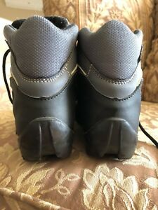 Ladies cross country ski boots