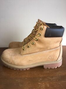 Timberland Boots - Men's size 7