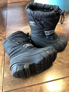 Boys Sorel Winter Boots - Size 8 and 10